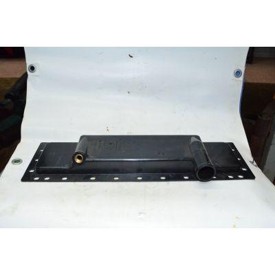 Бак радиатора нижний (пластм) | МТЗ 70У-137017075-А7