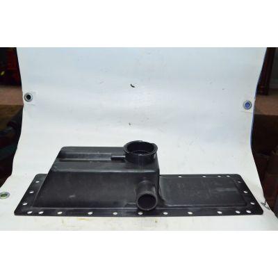 бак радиатора верхний (пласт) |  МТЗ 70