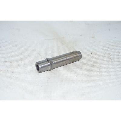 Втулка направляющая клапанов | Т-16/Т-25/Т-40 Д37М-1007033